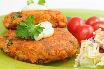AMAZING LOW CARB SALMON PATTIES